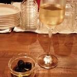 20230476 - 白ワイン+お通し