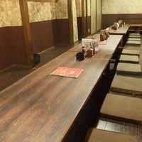 室蘭やきとり 今昔 - 会社や仲間同士の宴会にどうぞ、広々とした空間です!