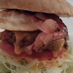 ステーキの神戸屋 - マリリンバーガー