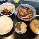 20235328 - 130628煮魚定食680円