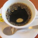 和食さと - お替り自由なブレンドコーヒー