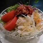 鎌田 - かなり大きいサラダ