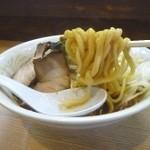 ロッキー - 店の名前通り太麺です。