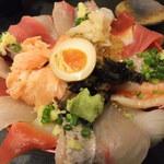 20242198 - 旭川丼(2,000円)