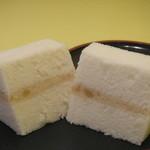 とらや - 熱熱焼き(ちんちんやき) マロンクリームを、ふわふわの生地でサンド