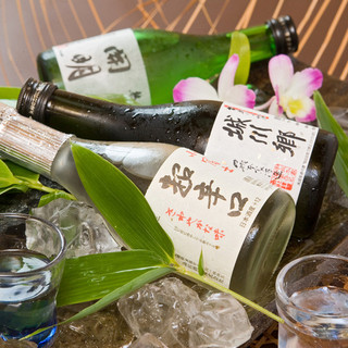 四国の美味しい日本酒を取り揃えております。