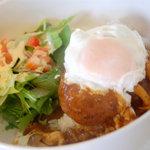 ゴースリーカフェ - 料理写真:ロコモコ丼