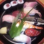 銀寿し - 先日行ったときの上寿司です。1350円