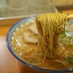 元祖赤のれん 節ちゃんラーメン - ラーメン 麺