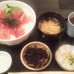 海王丸 神田店 - マグロ丼¥500