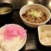 伍徳 - 料理写真:もつ煮定食(600円)