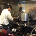 高円寺 餃子BAR Shinya麺 -