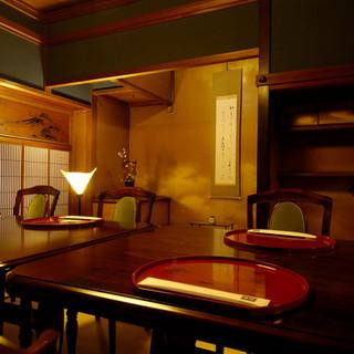 江戸・明治・大正・昭和・平成の各時代の金沢らしさを楽しめる個室