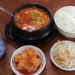 韓家 - 純豆腐チゲ¥600