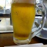 2026433 - まずは何時もの通りにこいつで乾杯~ですね。ここは大好きなえびすビールでした。