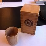 博多名代 吉塚うなぎ屋 - 日本酒はこんな酒器ででてきます