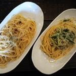 ポレポレ - ペペロンチーノとじゃこと水菜のガーリックパスタです