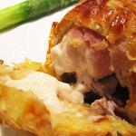 レストラン プログレ ヨコヤマ - 豚バラとフグ白子のパイ包み焼き ポルチーニのソース