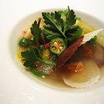 レストラン プログレ ヨコヤマ - フグフィレとエビを詰めたトルテローニと野菜のスープ仕立て