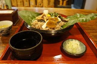 寿美久 - ほうば山菜蕎麦全景(2013.7.24)
