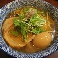 島田製麺食堂 - 看板メニューの高級煮干!『焼き飛魚』からダシを取った上品なラーメン『飛魚そば』平打ち自家製麺大盛り無料