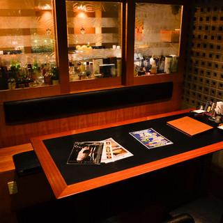 7名様収用のテーブル席