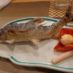 日本料理 空海 - 鰭が立って、活きているようです。