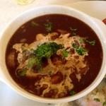 プラスワンカフェガーデン - 牛肉と野菜のデミソース煮
