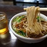 恵比寿本店 - 滅多にしない、麺リフト(2013.7.24)
