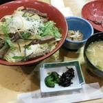 和食処 かおり - 淡路牛ステーキ丼