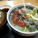 和食処 かおり - 生しらす丼