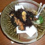 磯貝 - 料理写真:見るからに、4個分のウニです。濃厚なお味でした。