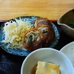 たぬき庵 - 秋刀魚の梅紫蘇巻き揚げ
