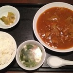 20303456 - 四川厨房・四川名物牛肉の四川煮セット¥600