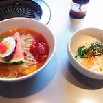 大門 - 料理写真:冷麺(大辛)ランチミニビビンバセット850円