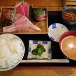 魚勝 - 休日限定 刺身定食950円