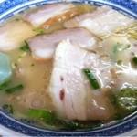 ラーメンセンター本陣 - チャーシュー麺(青海苔抜き)_2013年7月