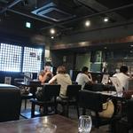 藤堂 - お洒落系ラーメン店。席が広い♪