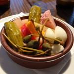 20308868 - 旬野菜のピクルス500円