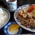 ウイング - 料理写真:からあげ定食
