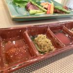 四季彩鉄板くさの - ステーキ用のソース
