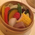 スプーン - 野菜のせいろ蒸し