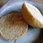 麦浪 - 全粒パン