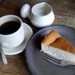 麦浪 - コーヒーとチーズケーキ