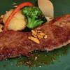 ガルフォ - 料理写真:ステーキランチ\1580 : 肉も美味しそうですが、付け合せのバランスが良いです☆