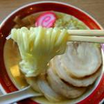 亀次郎 - 2013年7月28日(日) チャーシューラーメン(750円) 麺