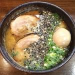 麺屋 どらいち - どらたま*\(^o^)/* 注文してからいちいち炙る厚切りチャーシューがとろけるほど美味しい…