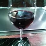 横浜うかい亭 - 赤グラス。