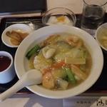 20331046 - 海鮮丼¥500