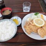 みなと食堂 - から揚定食 ¥700+から揚大盛¥100